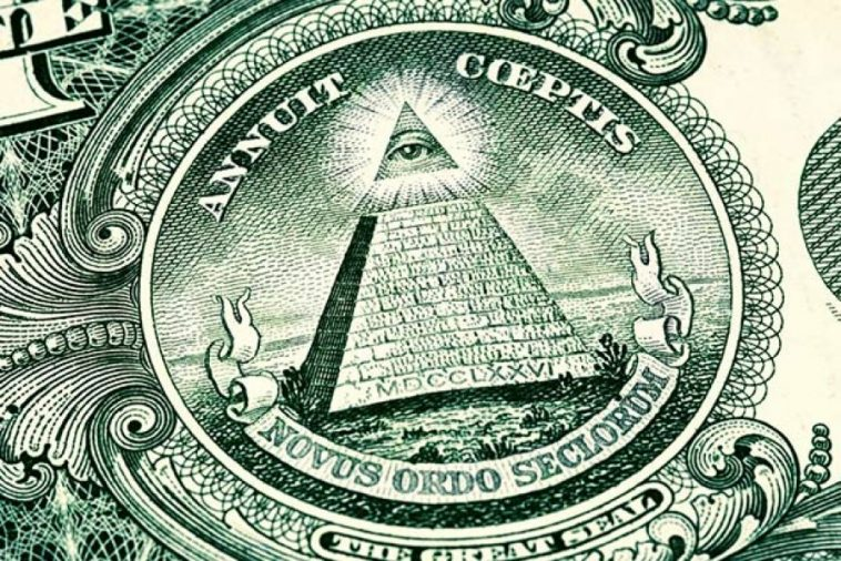 us dollar symbols the Great seal eye and pyramid